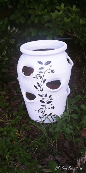 Flower/ plant pot 🌿 for Sale in Kissimmee, FL