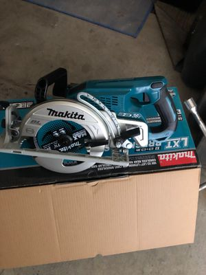 Makita saw. 36 V. Tool only for Sale in Seattle, WA