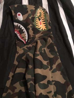 Bape hoodie for Sale in Fresno, TX