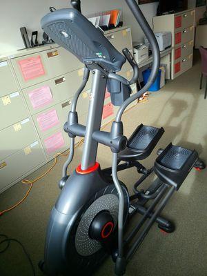 SCHWINN 470 ELLIPTICAL MACHINE for Sale in Everett, WA