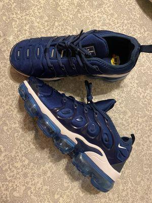 Nike vapormax plus (size 9 men's) for Sale in Pembroke Pines, FL