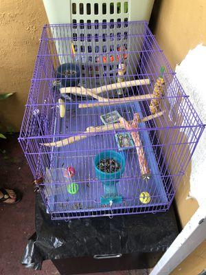 Jaula para pájaros for Sale in North Miami Beach, FL