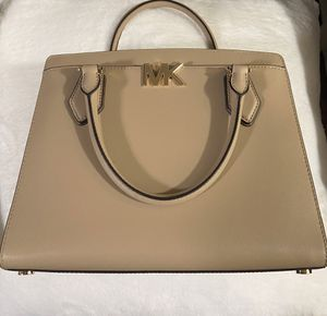 Michael Kors for Sale in Anaheim, CA