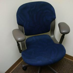Desk, office chairs on wheels. 4 + available for $25 each. Very good - great condition for Sale in Andover, MA