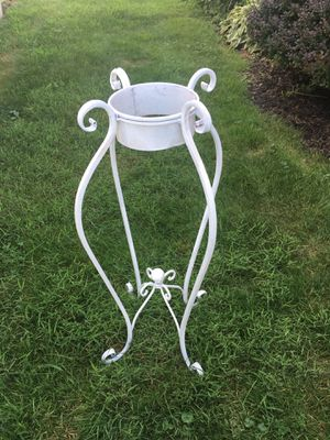 Plant stand for Sale in Pittsburgh, PA