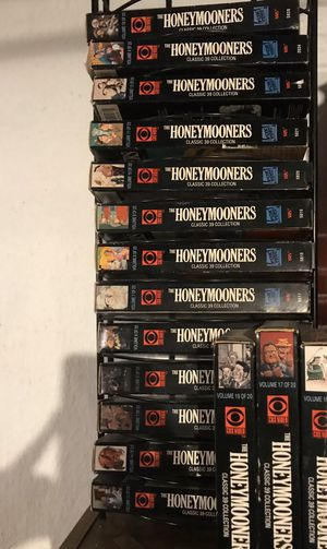 Honeymooners VHS. Missing #2, 12 and 20. for Sale in Bridgeport, PA