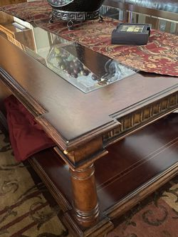 Thomasville Mahogany Cocktail (coffee) Table for Sale in Upland,  CA