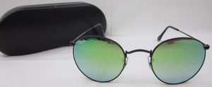 Ray ban round black frame with gradient green lens for Sale in Citrus Heights, CA