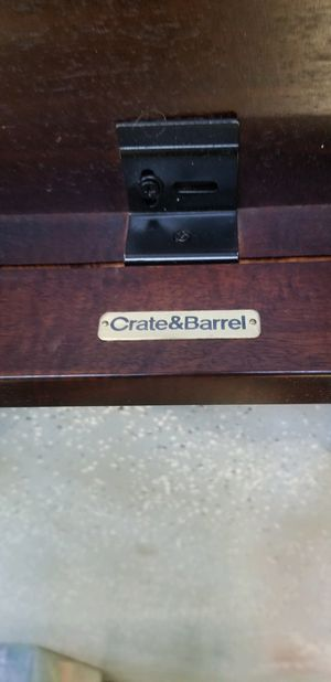 Crate & Barrel 100% Wood Kitchen or Dining Room Table for Sale in South Brunswick Township, NJ