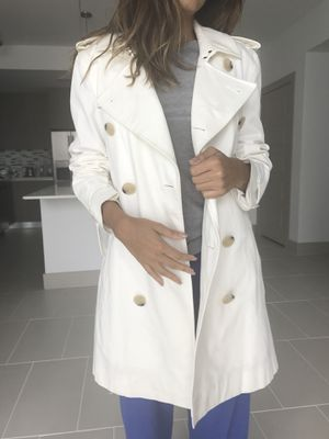 Negociable Burberry Jacket for Sale in Key Biscayne, FL
