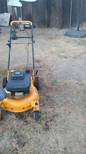 Lawn mower for Sale in Bloomington, CA