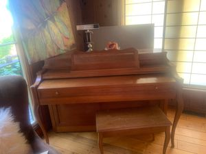 Free upright piano looking for a new home Located in lower Montclair for Sale in Oakland, CA