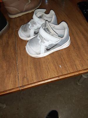 Size 4 infants for Sale in Wahneta, FL