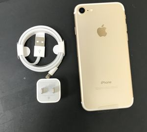 iPhone 7 128GB Factory Unlocked-Gold for Sale in New York, NY