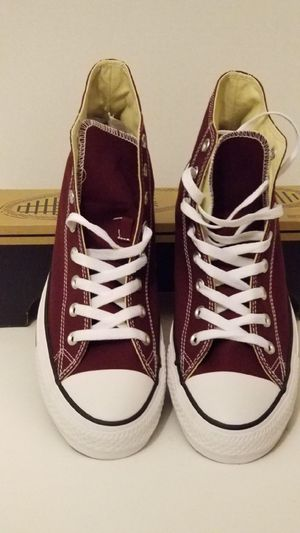 Classic Burgundy Converse men's size 11.5 for Sale in Queens, NY