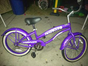 20* purple green line beach cruiser bike 40$ for Sale in Westminster, CA