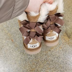 Ugg boots toddler girls for Sale in Issaquah, WA