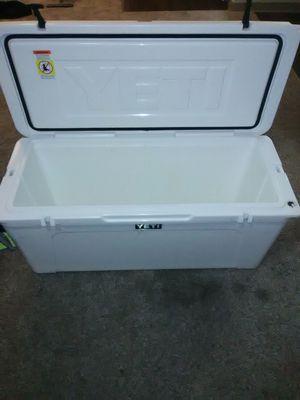 Yeti 160 tundra white for Sale in Jacksonville, FL