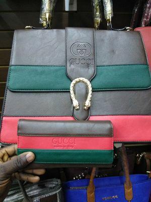 Handbag n wallet Gucci set for Sale in Tampa, FL