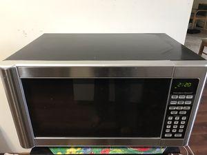 Hamilton beach microwave- very good condition for Sale in Saint Paul, MN