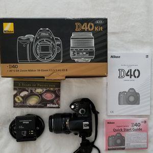 Nikon D40 6.1 Mp 3''screen Digital SLR for Sale in Ijamsville, MD