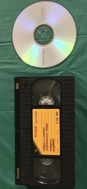 Let me take your VCR tapes and convert them into DVD'S for Sale in Metamora, IL