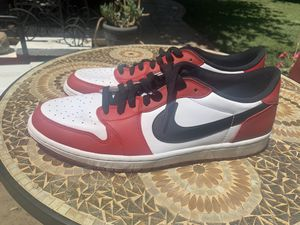 Jordan 1 low OG Chicago for Sale in West Sacramento, CA