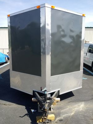 5x8 8.5 x 24 ENCLOSED VNOSE TRAILERS for Sale in Medford, NY