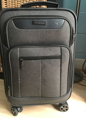 Brookstone swivel wheels carryon luggage. Used 1X for Sale in Kaneohe, HI