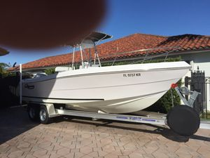 Pro Sports Bluewater 23 ft Center Console Open Fisherman Like New! Yamaha 225 Four Stroke! for Sale in Miami, FL