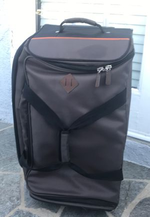 Timberland wheel duffel roller bag for Sale in Los Angeles, CA