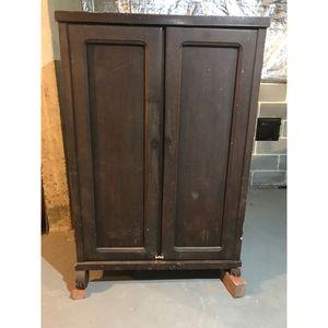 Antique Dresser for Sale in Jessup, MD