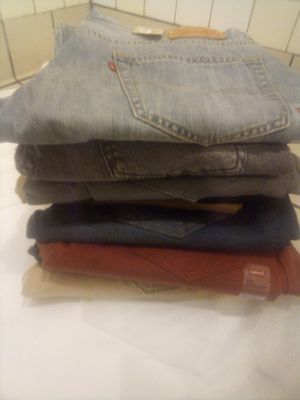 10 PAIRS OF LEVIS FOR 100 for Sale in Antioch, CA