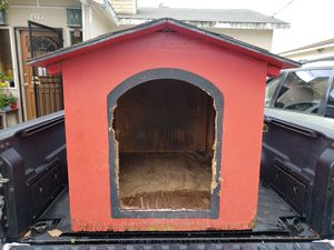 Dog house for Sale in Lawndale, CA