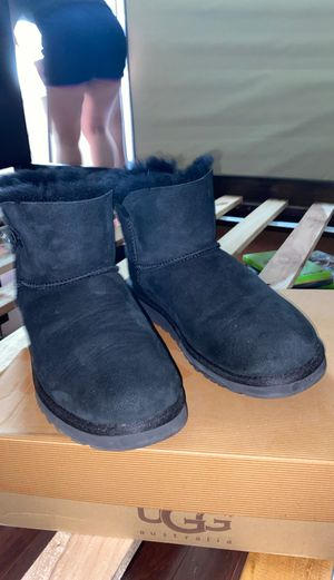 Uggs size 8 for Sale in Kissimmee, FL