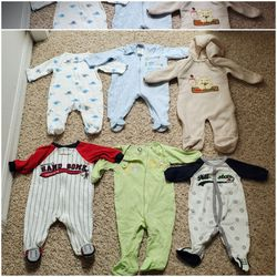 Onesies Bundle - Sizes NB to 3-6M for Sale in Kissimmee,  FL