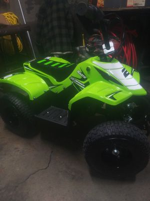 Brand new razor 4-wheeler for Sale in Painesville, OH