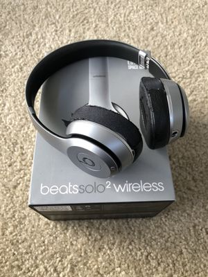 Beats Solo 2 Wireless Space Gray for Sale in Los Angeles, CA