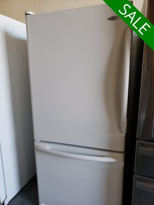 💥💥💥Maytag MESSAGE NOW! Refrigerator Fridge Bottom Freezer #1471💥💥💥 for Sale in Moreno Valley, CA