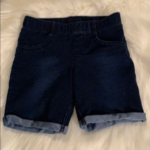 Girl's Faux Blue Jean Bermuda Shorts Size 5 for Sale in Clovis, CA