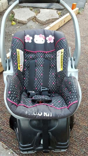 Hello kitty cars seat for Sale in Orlando, FL