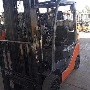 2016 Toyota Forklift Multiple Units Available !!! for Sale in Riverside, CA
