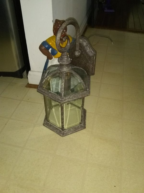 House lantern open box