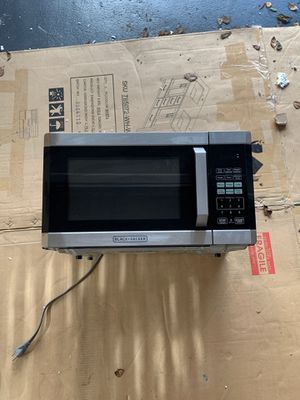 Black and Decker microwave hardly used for Sale in Jacksonville, FL