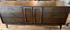 Mid Century Modern bedroom set 5 pc for Sale in Nevada City, CA