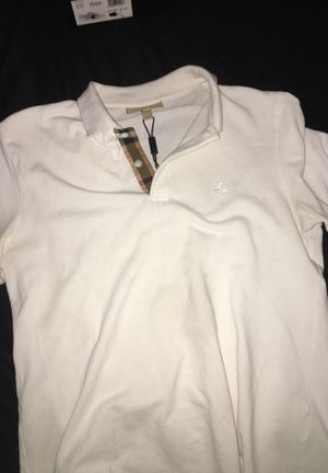 Burberry shirt for Sale in St. Louis, MO