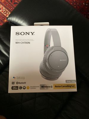 Sony Bluetooth Noise Cancelling headphones for Sale in Kent, WA