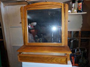 Espejo con un cajon sin botones madera solidad, medidas: Alto 34 Largo: 29 Ancho: 10 for Sale in Perris, CA