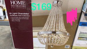 Monticello park 6 light chandelier for Sale in Bakersfield, CA