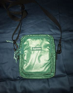 Supreme bag for Sale in Thornton, CO